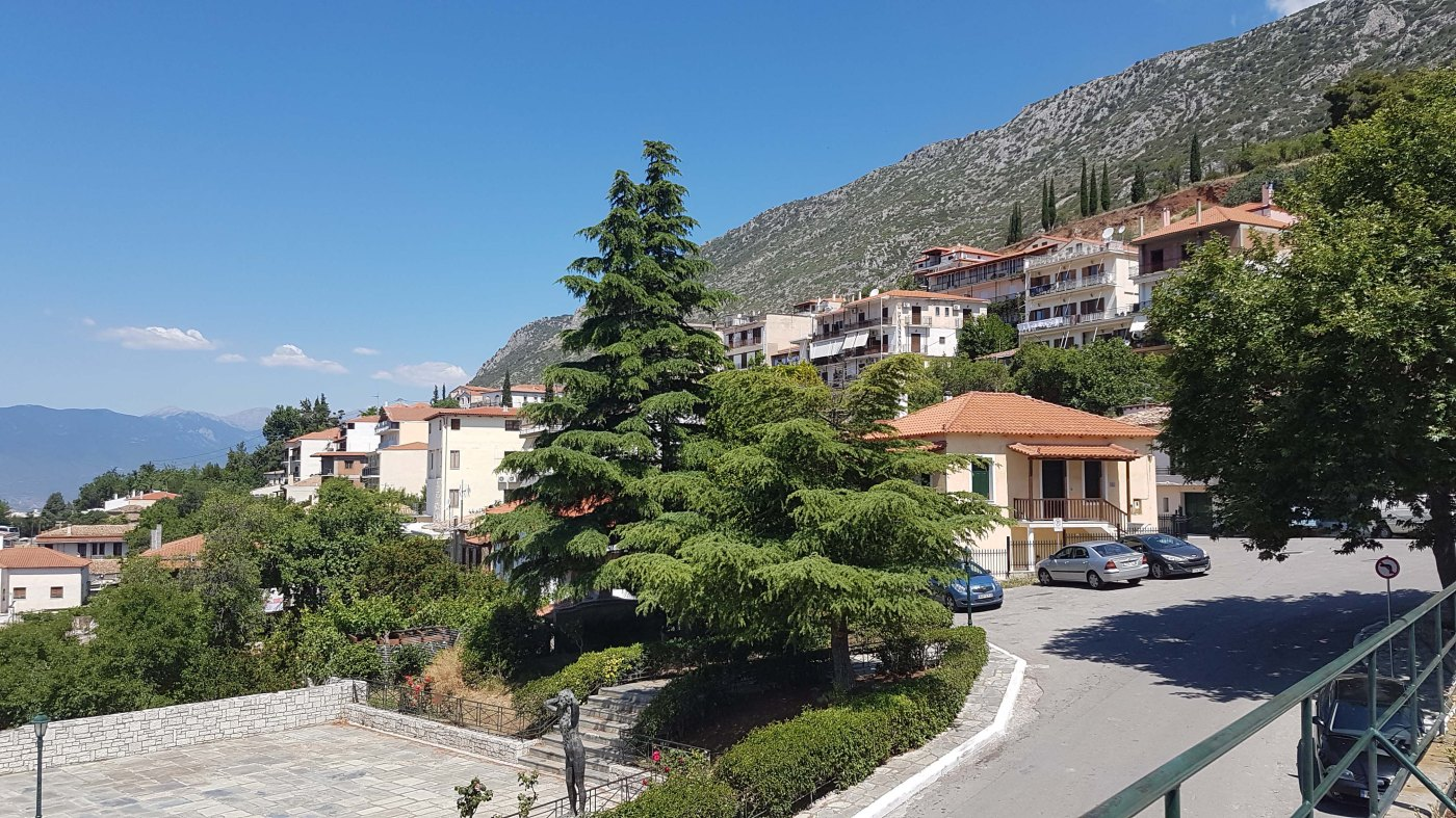 Delphi Village – See the World with Me